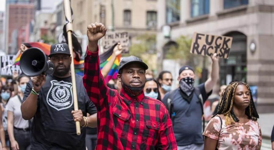Photo of Derrick Ingram during BLM protests